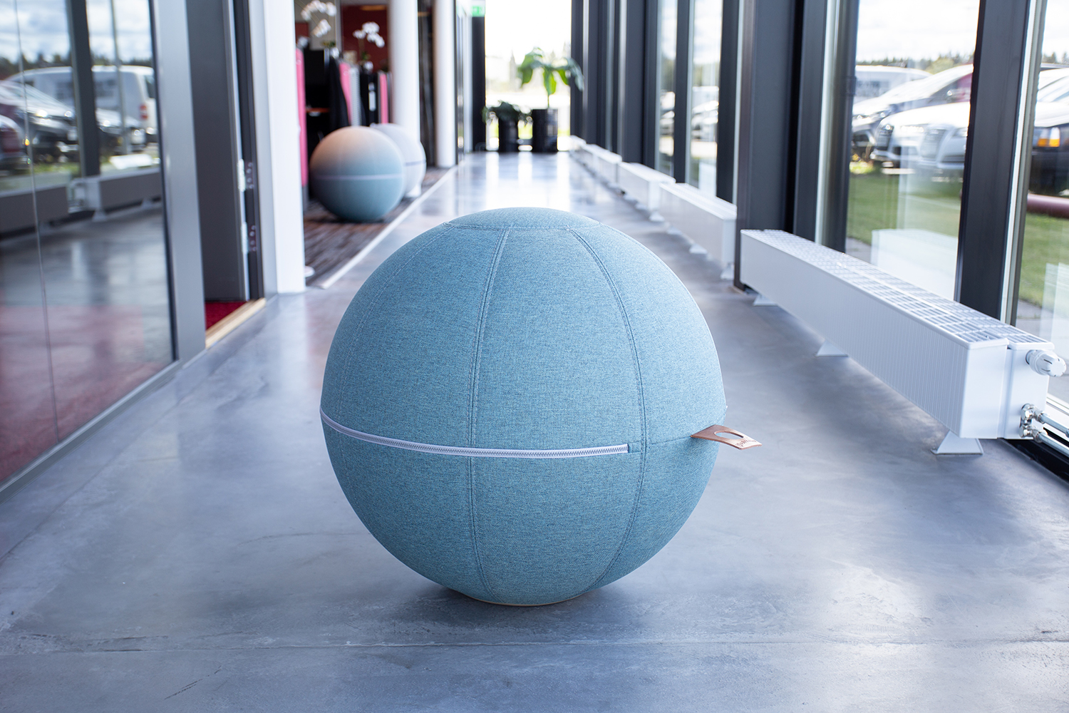 office-ball2